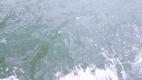 Oceaan loopable waterspiegel, Indrukwekkende achtergrond voor filmkredieten of intro stock footage