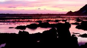 Oceaan mening bij zonsondergang stock foto