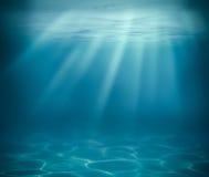 Oceaan of overzeese diepe onderwaterachtergrond stock foto's