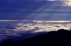 Oceaan van wolken royalty-vrije stock afbeelding