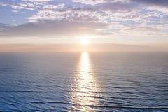 Oceaan zonsopgang Royalty-vrije Stock Foto's
