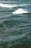 Oceaangolven, waterachtergrond met exemplaarruimte Stock Foto
