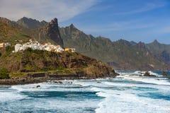 Oceaankust dichtbij Almaciga, Anaga, Tenerife stock fotografie