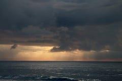 Oceanów Indyjskich Sunrays Zdjęcie Royalty Free