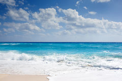 Waves on tropical beach Royalty Free Stock Image