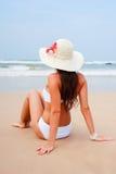 ocean atrakcyjna przyglądająca kobieta Obrazy Stock