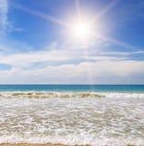 Ocean,  beach and blue sky Royalty Free Stock Photos