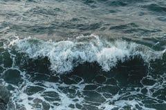 Ocean fala głęboki błękitny morze zdjęcia royalty free