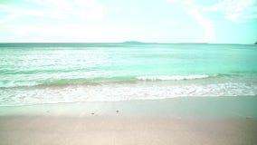Ocean fala na piaskowatej plaży zbiory