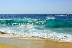 Ocean fala na plaży rozwód
