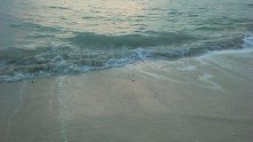 Ocean fala podczas wschodu słońca na Chaweng plaży na Koh Samui wyspie, Tajlandia Obraz Royalty Free