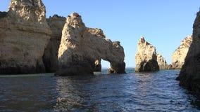 Ocean grota Z Naturalnymi łukami zdjęcie wideo