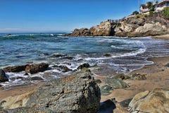 Ocean i Skalista zatoczka Obrazy Royalty Free