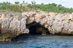 Ocean Indyjski z wapień jamą Fotografia Royalty Free