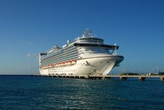 Ocean liner in the Caribbean Royalty Free Stock Images