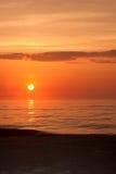 ocean nad wschód słońca Zdjęcia Royalty Free