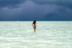 ocean piękna target152_0_ kobieta Fotografia Royalty Free