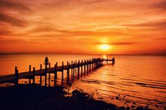 Free Ocean Pier At Sunset Royalty Free Stock Photos - 212145918