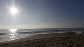 Ocean podróży piaska tła światła słonecznego światła słonecznego plażowa denna błękitna tropikalna natura fotografia stock