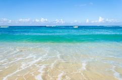 Ocean and tropical sandy beach background Royalty Free Stock Images