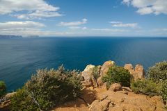 Ocean view from Cape Raoul. Cape Raoul cliffs in Tasmania with vast view of the Southern Ocean royalty free stock image