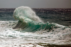 Ocean Wave Breaking Royalty Free Stock Photos