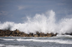 Ocean Wave Curl Clean ocean wave rolling curling lip crashing on Royalty Free Stock Photos