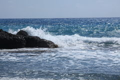 Ocean Waves Crashing On Shoreline Royalty Free Stock Photography
