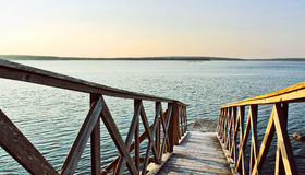 Ocean wood bridge Royalty Free Stock Image