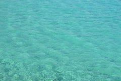 OCEANO ADORABILE TRASPARENTE DEL MARE fotografia stock libera da diritti