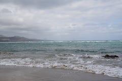 Oceano Atlântico extensões A água do céu nubla-se ondas de vento Fotografia de Stock