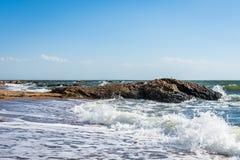 Oceano Atlântico no parque do ponto do farol em New Haven Connecticut foto de stock