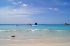 Oceano azul esverdeado Imagens de Stock Royalty Free