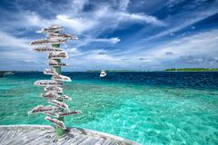Oceano blu a sei sensi Maldive immagini stock