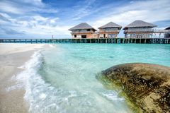 Oceano blu a sei sensi Maldive fotografie stock