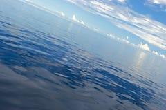 Oceano calmo fotos de stock