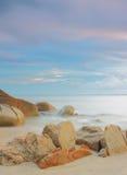 Oceano calmo di mattina Colpo lungo di esposizione Immagine Stock Libera da Diritti