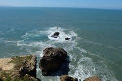 Oceano di Nazare fotografie stock libere da diritti