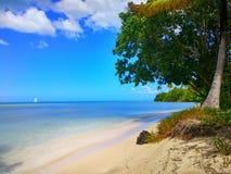 Oceano do sol da praia Fotos de Stock