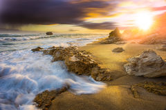 Oceano e areia Foto de Stock Royalty Free