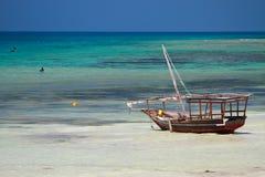Oceano e barca Fotografia Stock