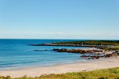 Oceano e céu azul Imagem de Stock Royalty Free