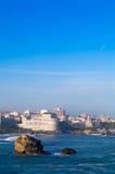 Oceano e cidade Foto de Stock Royalty Free