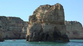 Oceano e ilha da rocha filme