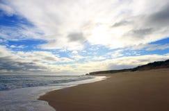 Oceano e nuvens na praia Fotografia de Stock Royalty Free
