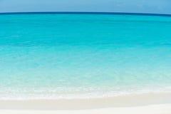 Oceano e spiaggia caraibici Immagine Stock