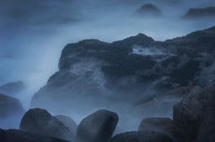 Oceano na névoa Fotografia de Stock Royalty Free
