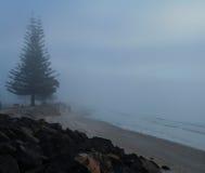 Oceano nevoento 14 da manhã imagem de stock royalty free