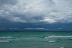 Oceano prima della tempesta Fotografie Stock Libere da Diritti
