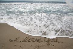 Oceano SeaFooam e areia Imagem de Stock